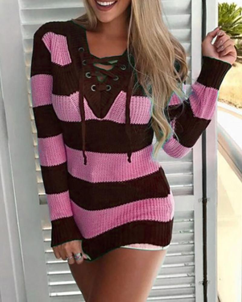 Colorblock Eyelet Lace-up V Neck Sweater