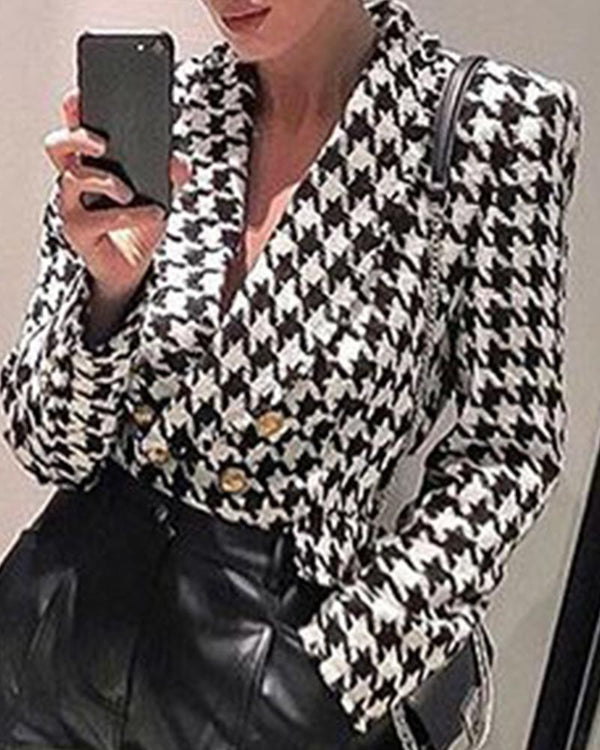 Front Button Closure Houndstooth Coat