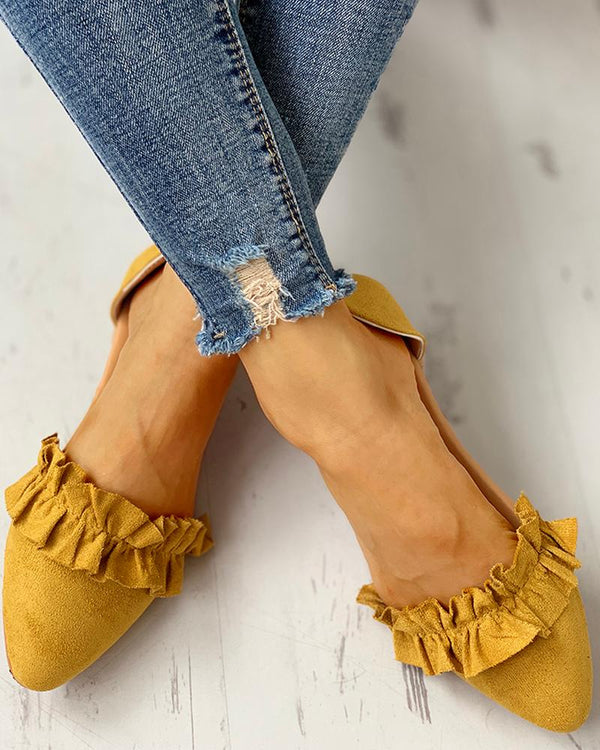 Suede Pointed Toe Frill Flat Shoes