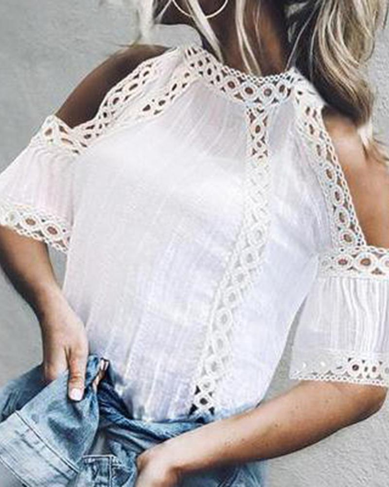 Elegant bell-shaped sleeves stitched Hollow out lace T-shirt