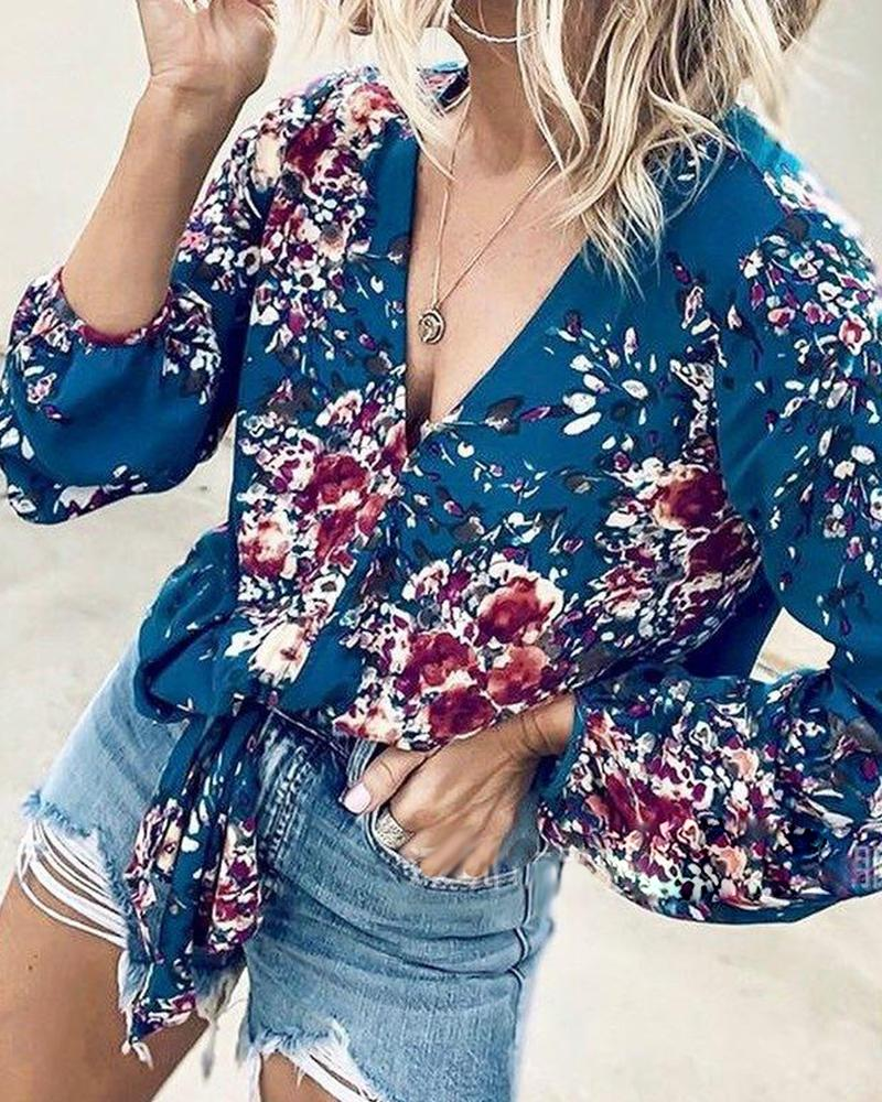 V-neck Long-sleeve Floral printed Fashion blouse