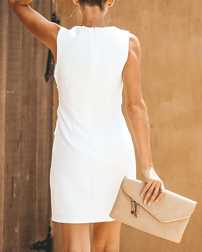 Solid Sleeveless Knotted Design Dress
