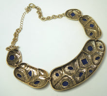 Load image into Gallery viewer, Unsigned Oscar De La Renta Lapis Resin Cabochon Necklace