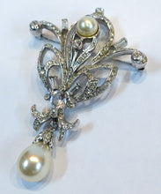 Load image into Gallery viewer, Vintage Signed Reja Faux Pearl & Crystals Dangling Brooch