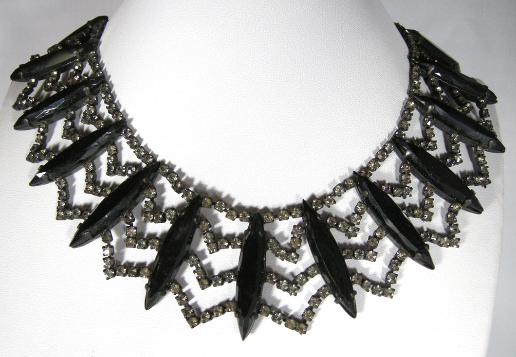 Vintage Rare Hattie Carnegie Black & Rhinestone Collar Necklace