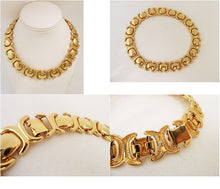 Load image into Gallery viewer, Vintage Faux Gold Necklace