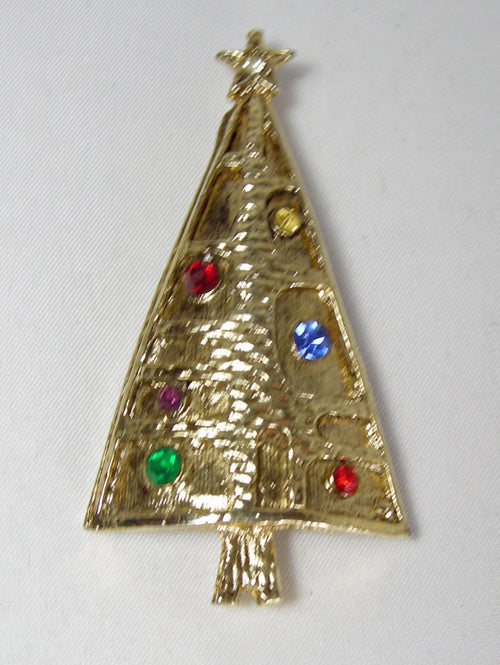 Vintage Gold Tone Hammered Christmas Tree Multicolor Crystals Brooch - JD10150
