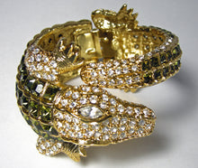 Load image into Gallery viewer, Kenneth Jay Lane Alligator Clear & Peridot Crystal Clamper Bracelet - JD10117