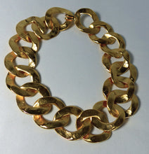 Load image into Gallery viewer, Kenneth Jay Lane Circle Link Necklace - JD10145