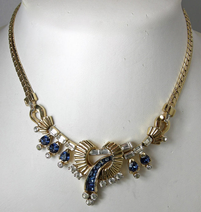 Vintage Unsigned Mazer Crystals Centerpiece Necklace