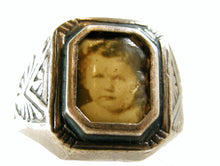 Load image into Gallery viewer, Sterling Silver Mourning Ring with Photo