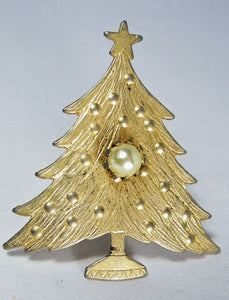 Vintage Gold Tone Christmas Tree W/ Faux Pearl Center - JD10163