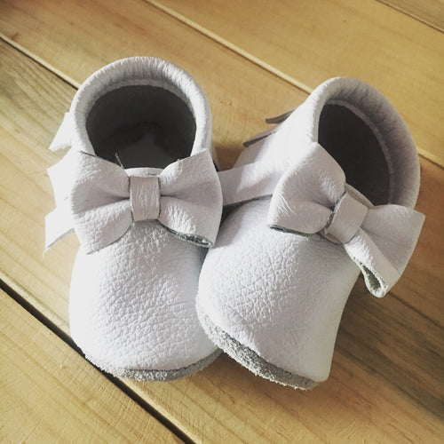 lillie and me leather baby shoes baby mocs white