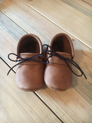 lillie and me leather baby shoes baby mocs  unisex fudge