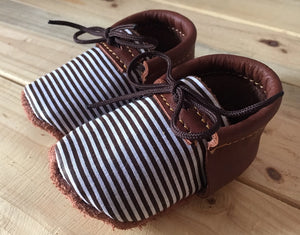 lillie and me leather baby shoes baby mocs bpys brown stripes