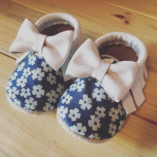 lillie and me leather baby shoes baby mocs denim floral white