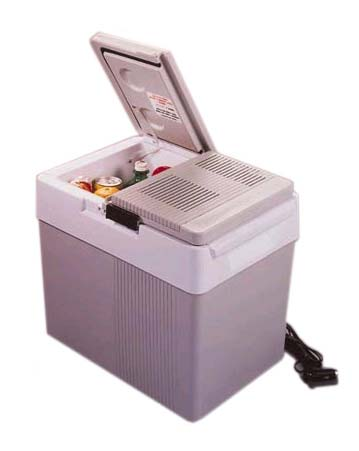 P-65 Koolatron Kargo 33 Quart 12 Volt Cooler/Warmer P65