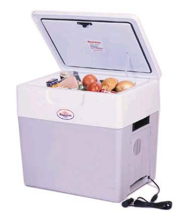 P-85 Koolatron Crusader 52 Quart 12 Volt Cooler/Warmer P85