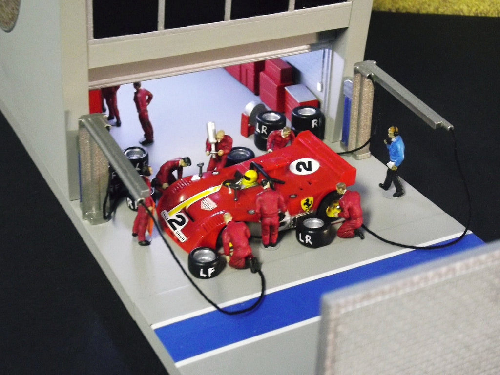Slot Cars For Sale >> 1/64 Slot Car Pit Crew Figures (Classic) by FCH | Full Circle Hobbies