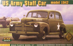 1/72 WW2 U.S. military staff car model kit.