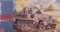 1/72 8 ton German halftrack model kit with 20mm anti-aircraft gun.