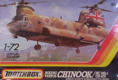 1/72 Chinook military helicopter model kit.