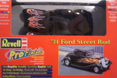 1/25 pre-painted 1934 Ford hot rod plastic model car kit.