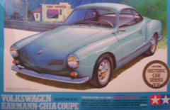 1/24 1966 VW Karmann Ghia Coupe model car kit.