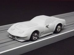 1/64 / HO AFX Corvette C3 Hardtop slot car.