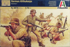1/72 German WW 2 Africa Korps military figures for dioramas.