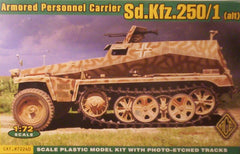 1/72 scale WW2 German Sd.Kfz.250/1 halftrack military model kit.
