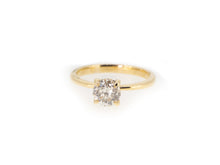Load image into Gallery viewer, 14ky solitaire engagement ring