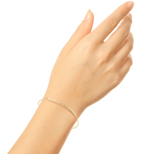 Load image into Gallery viewer, Petite bar bracelet