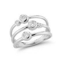 Load image into Gallery viewer, Diamond portia ring white