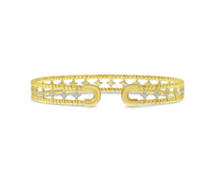 Load image into Gallery viewer, Double Row Flower Diamond Cuff