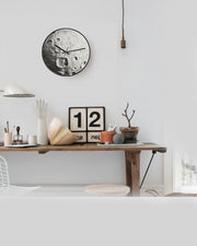 Art Clock Moon B - AI LIFE HOLDINGS