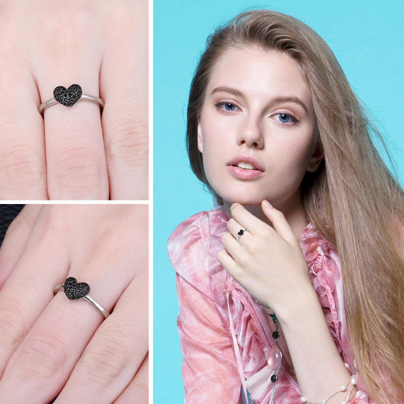 BLACK HEART SILVER RING