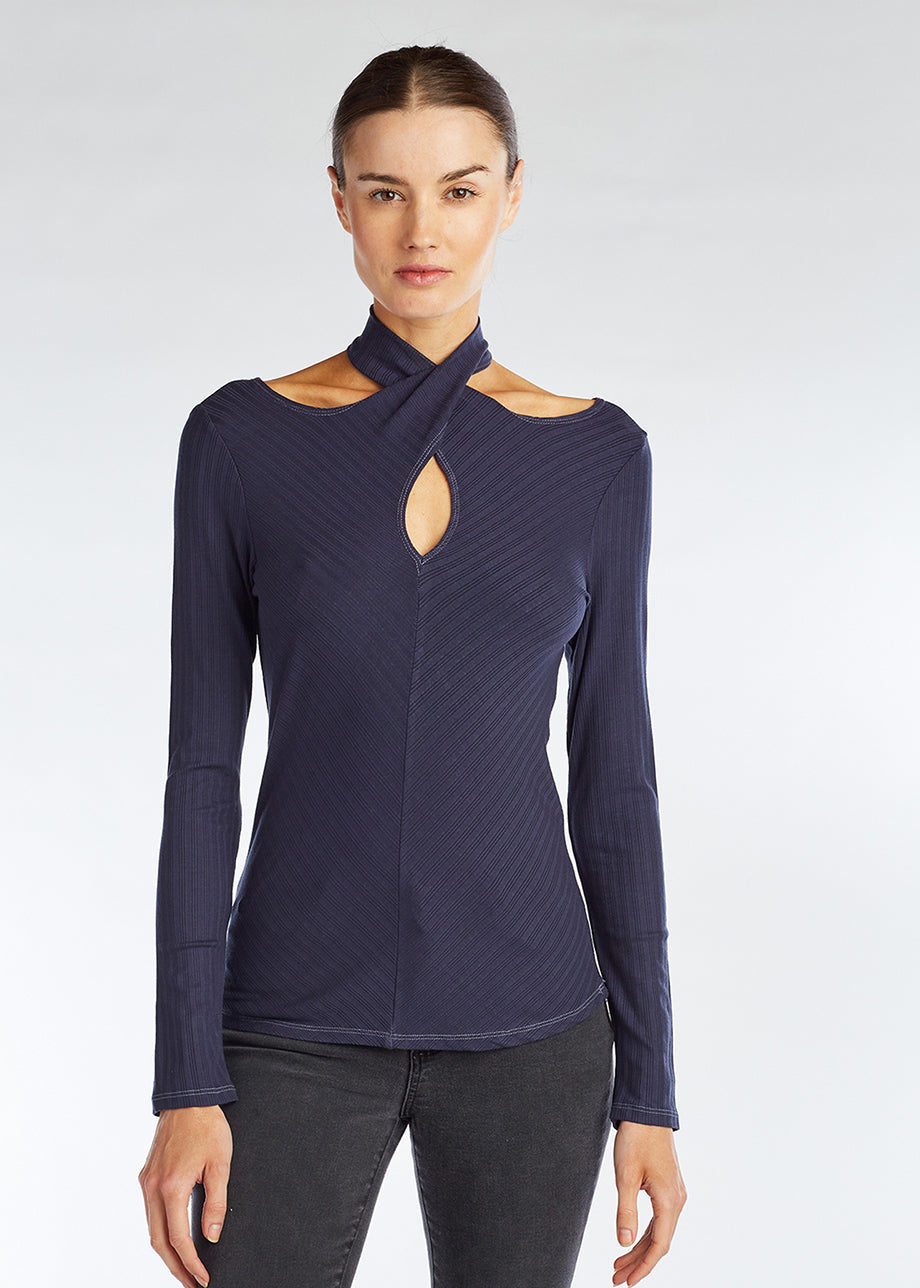 CROSS NECK TOP