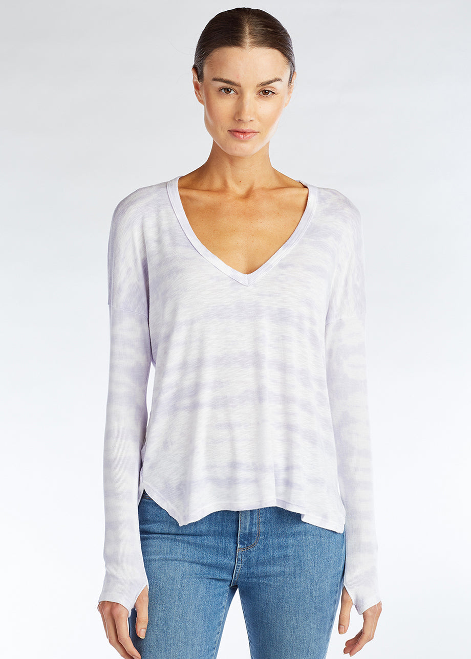 TWIST BACK V-NECK TOP