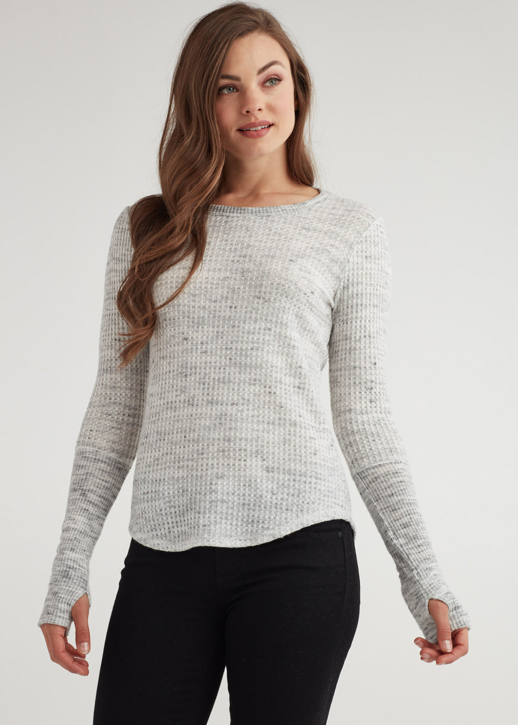 SHIRTTAIL THUMBHOLE TOP