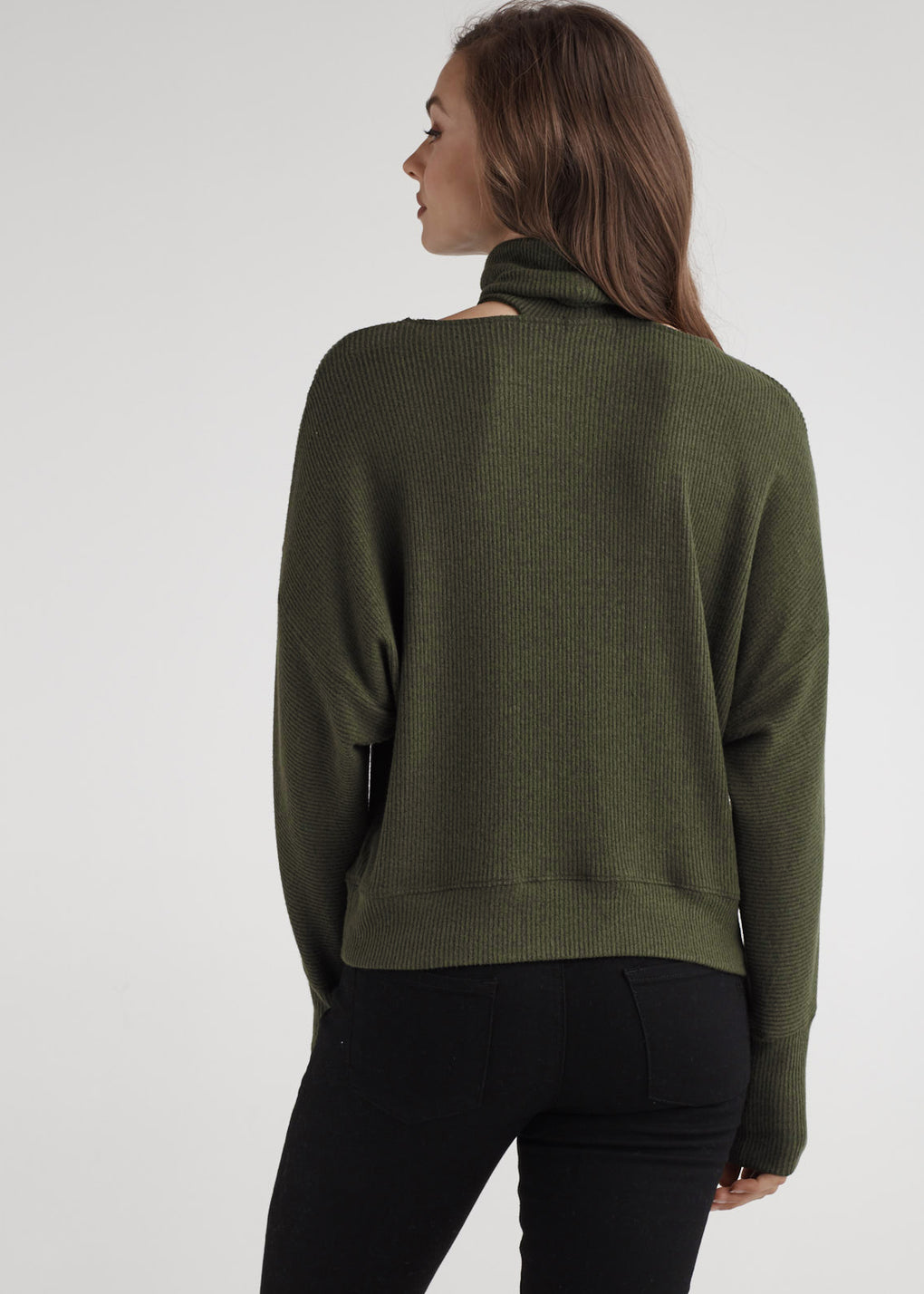 BUTTON SLEEVE MOCK NECK