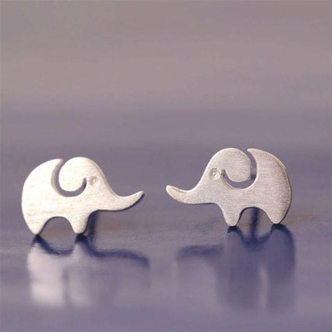 Lovely Creative Hairline Finish Elephant Silver Earring Studs