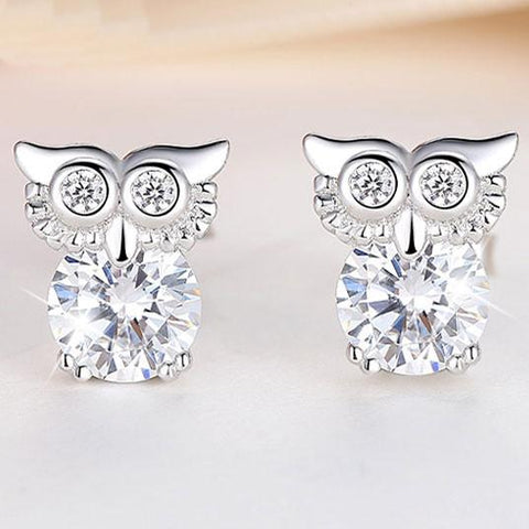 Unique Cute Owl Blinking Crystal Diamond-bordered Silver Animal Women Earring Studs