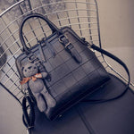 Women Quilted Handbag Bilateral Zipper Messenger Bag Bear Shoulder Bag