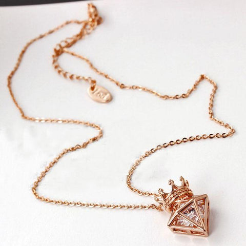 Cute Triangle Cubic Zircon Crown Diamond  Short Chain CrownPendant Necklace - wikoco