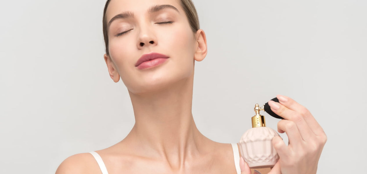 Making your perfume last longer on your skin is very simple thanks to these tricks.