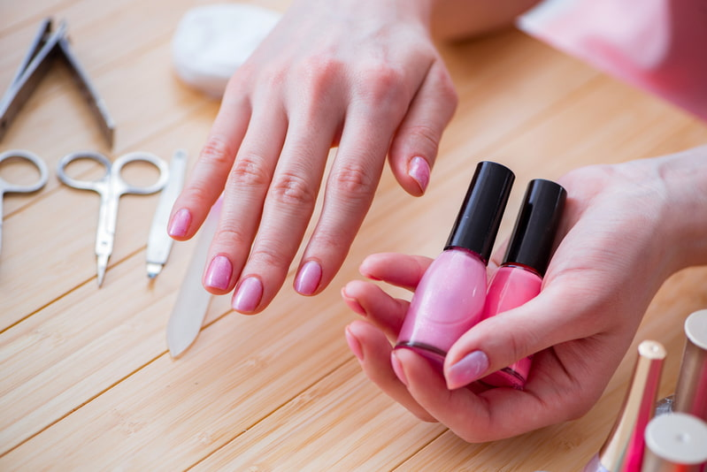 How to remove semi - permanent gel nail polish and materials you need