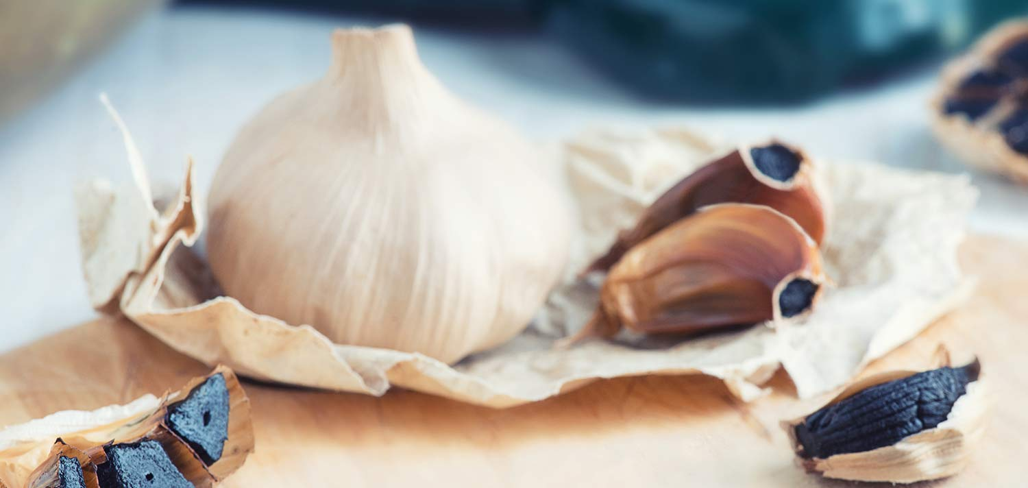 Benefits of black garlic that make it one of the most used superfoods in cooking recipes