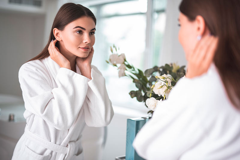 Steps to follow day or night for your facial routine