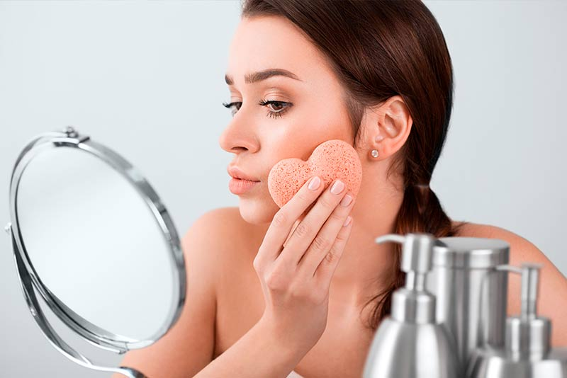 Tricks to clean makeup brushes and sponges easily